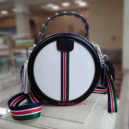 фото круглая сумка белая кожаная женская