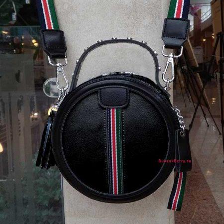 фото круглая сумка черная кожаная женская